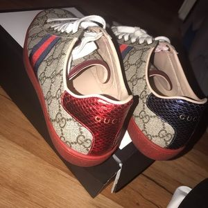 Gucci sneakers size 37.5